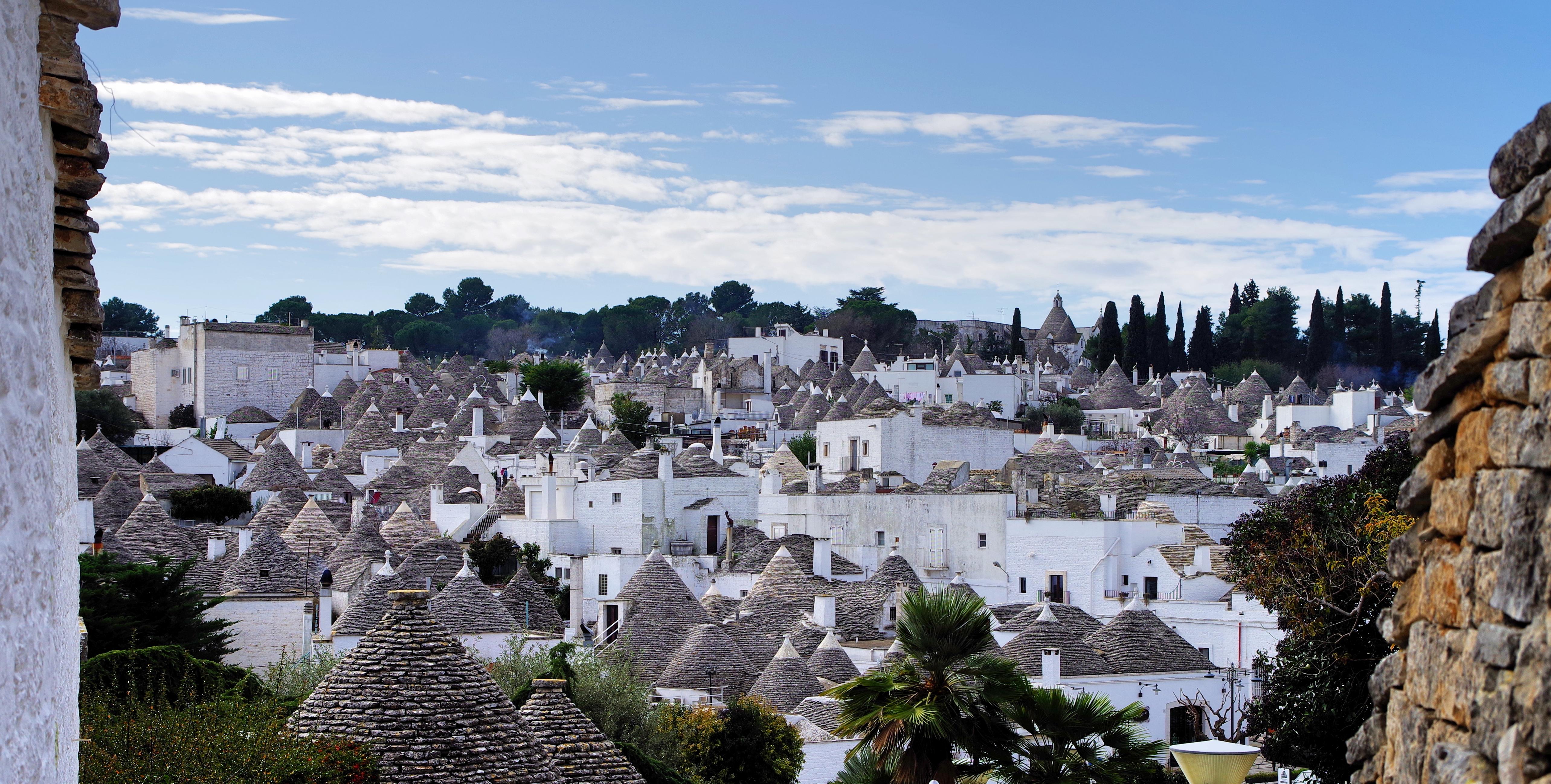 Copertina articolo Il mercato immobiliare dei Trulli in Valle d'Itria