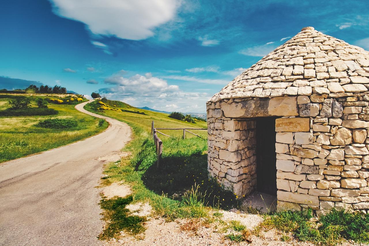 Copertina articolo A spasso tra le bellezze della Valle d'Itria